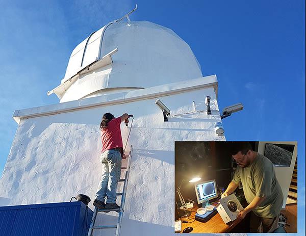 Instalando nueva cámara de meteoros